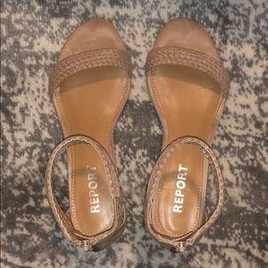 Report wedged Sandals